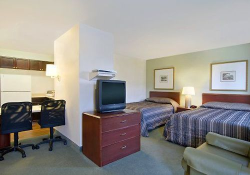 Extended Stay America  Room Deluxe Studio - 2 Double Beds