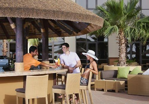Amwaj Rotana Jumeirah Beach Restaurant Sun Deck Pool Bar