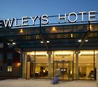 Bewleys Hotel Manchester Airport photo