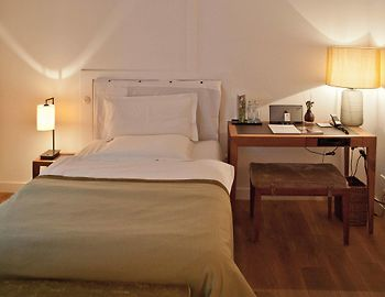 louis hotel munich 5 germany from us 387 booked. Black Bedroom Furniture Sets. Home Design Ideas