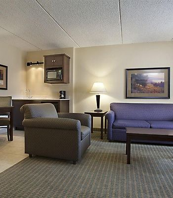 Holiday Inn Express & Suites W photos Interior