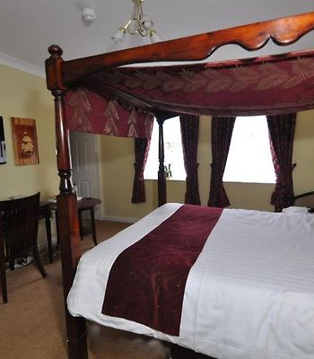 The Rhinewood Country House Hotel photos Room Four Poster Bed