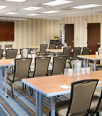 Springhill Suites Fort Worth University photos Business