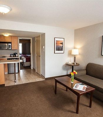 Days Inn And Suites Revelstoke photos Room