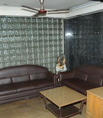 Sriji Residency Purasawalkam photos Room