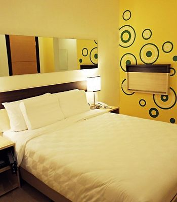 Go Hotels Ortigas Center photos Room