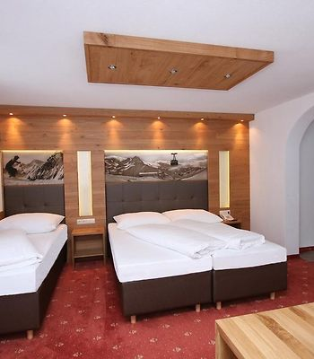 Hotel Garni Corinna photos Room