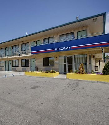 Motel 6 Salt Lake City West - Airport photos Exterior Hotel information