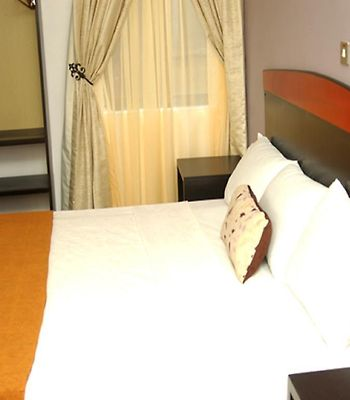 Suru Express Hotel photos Room