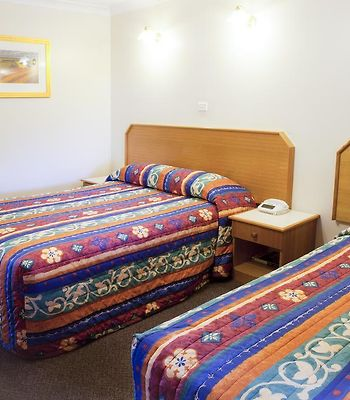 Narellan Motor Inn photos Room