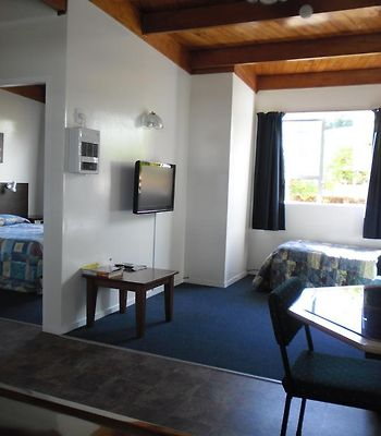 Greymouth Kiwi Holiday Park & Motels photos Room