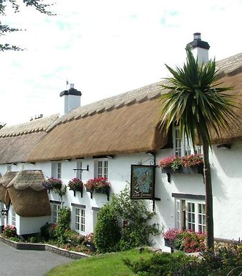 The Hoops Inn & Country Hotel photos Exterior Hotel information