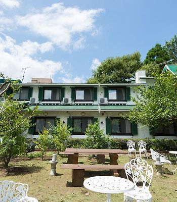 B And B Pension Yufuin photos Exterior Hotel information