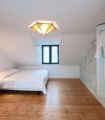 Holiday Home Sablon Justice Brussels photos Room