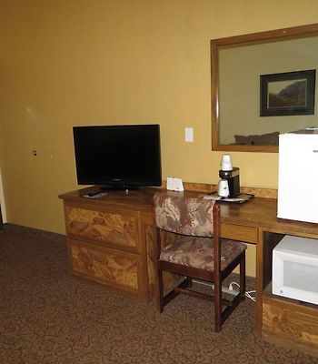 Baymont Inn & Suites Spearfish photos Room