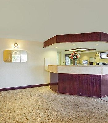 Americas Best Value Inn - Pittsburgh Airport photos Interior