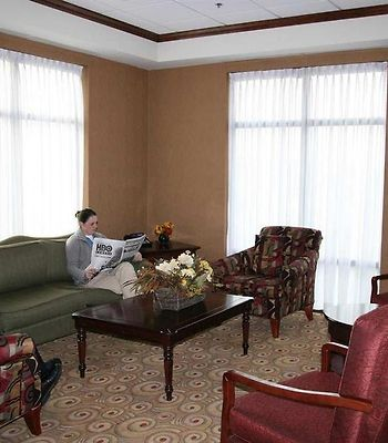 Hampton Inn By Hilton Napanee photos Interior Lobby