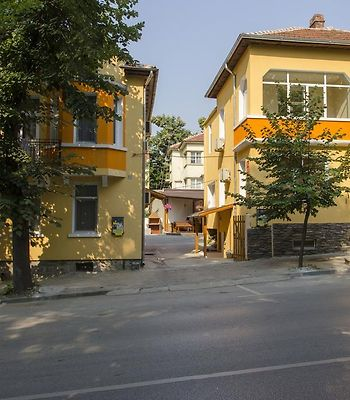 Guest House Anelim photos Exterior Hotel information
