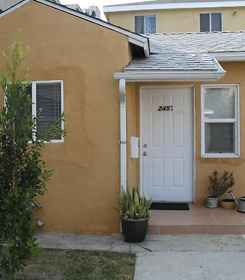 Beautiful New Home In Burbank 1Bd photos Room