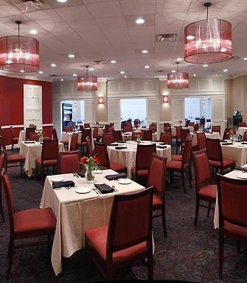 The Uga Hotel And Conference Center photos Restaurant Savannah Room Pano