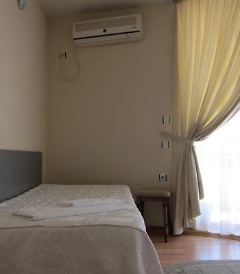 Family Hotel Bistritsa photos Room