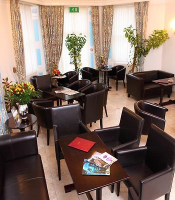 Gatwick Cambridge Hotel photos Room