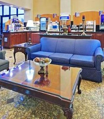 Holiday Inn Express Southaven photos Restaurant Hotel information