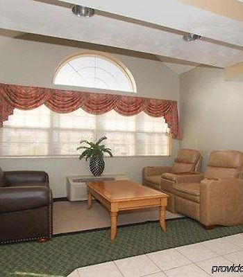 Econo Lodge Inn & Suites photos Interior
