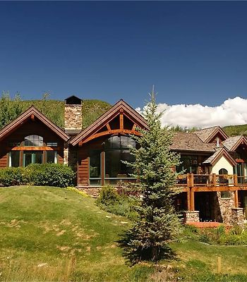 Deer Dancer Lodge By First Choice Property Management photos Room