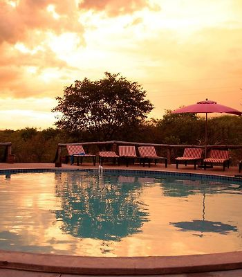 Etosha Safari Lodge photos Exterior Hotel information
