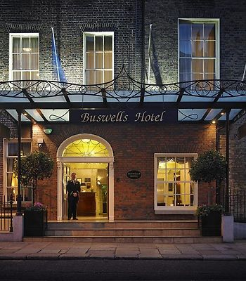 Buswells Hotel photos Exterior Hotel information