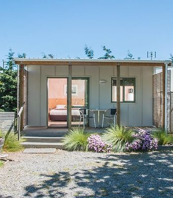 Martinborough Top 10 Holiday Park photos Exterior Hotel information