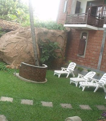 Hotel Susantha Garden photos Room