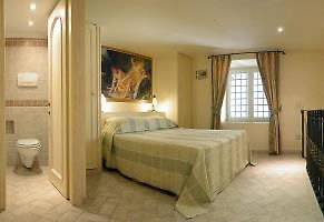 Amazing  2 Bedroom Apartment - 5 Minutes From Trevi Fountain photos Exterior