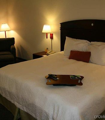 Hampton Inn Atlanta - Lawrenceville photos Room