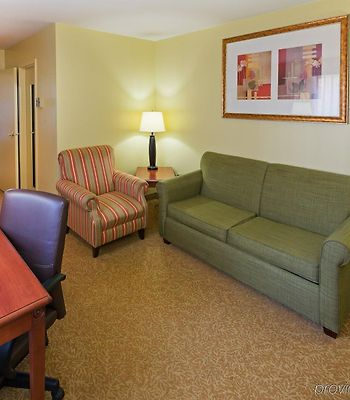 Holiday Inn Express & Suites Wyomissing photos Room