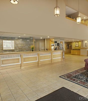 Best Western Plus Revere Inn & Suites photos Interior