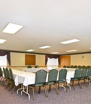 Best Western Falcon Plaza photos Business