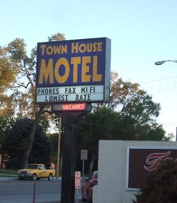 Town House Motor Inn photos Exterior Hotel information