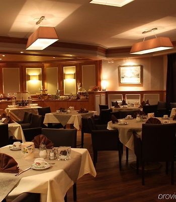 Albatros photos Exterior