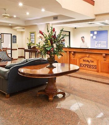 Clarion Suites And Conference Center photos Interior