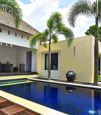 Seminyak Suite & Private Villa photos Room