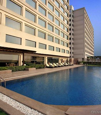 Holiday Inn New Delhi Mayur Vihar Noida photos Facilities
