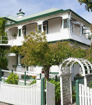 Sussex House Bed & Breakfast photos Exterior Hotel information