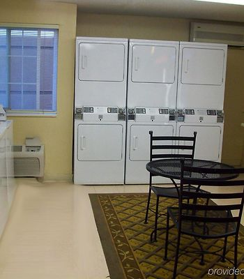 Candlewood Suites At Citycentre Energy Corridor photos Facilities