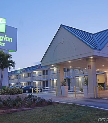 Holiday Inn Hotel & Suites Vero Beach-Oceanside photos Interior
