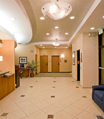 Holiday Inn Express Newport Beach photos Interior