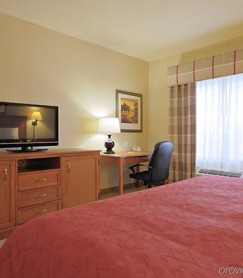 Country Inn & Suites By Carlson Toledo South photos Room