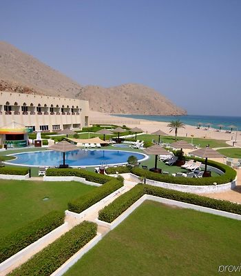 Golden Tulip Resort Dibba photos Exterior