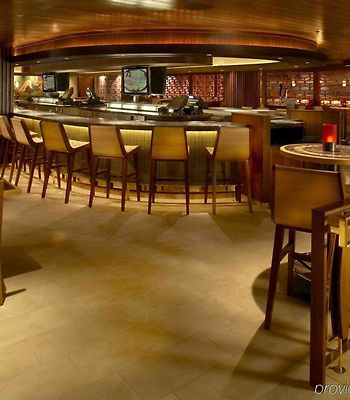 Hilton Grand Vacations At Hilton Hawaiian Village photos Restaurant